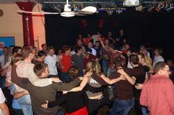 Moskau: Es funktioniert jedes mal - Sie tanzen immer!