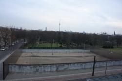 Blick auf die Mauergedenkstätte Bernauer Straße.