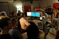 Führung in den Studios des rbb. Live dabei: Im Radiostudio von Berlin 88,8.